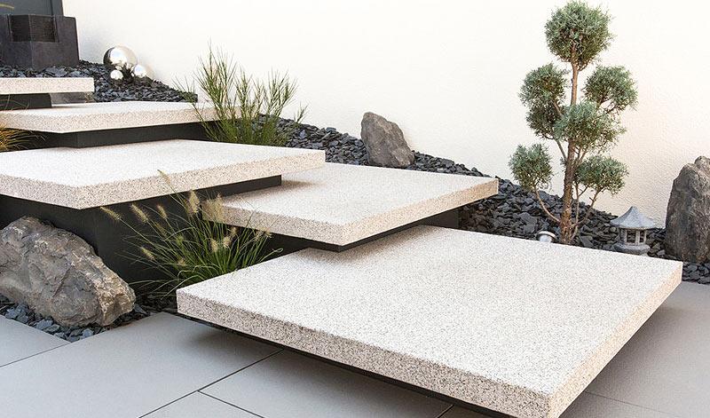 Les voies d 39 acc s ginkgo paysages for Escalier exterieur beton arrondi