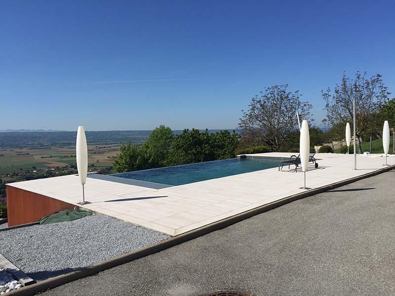 Le catalogue ginkgo paysages for Local technique piscine sous terrasse