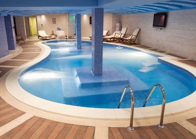 piscines intérieure